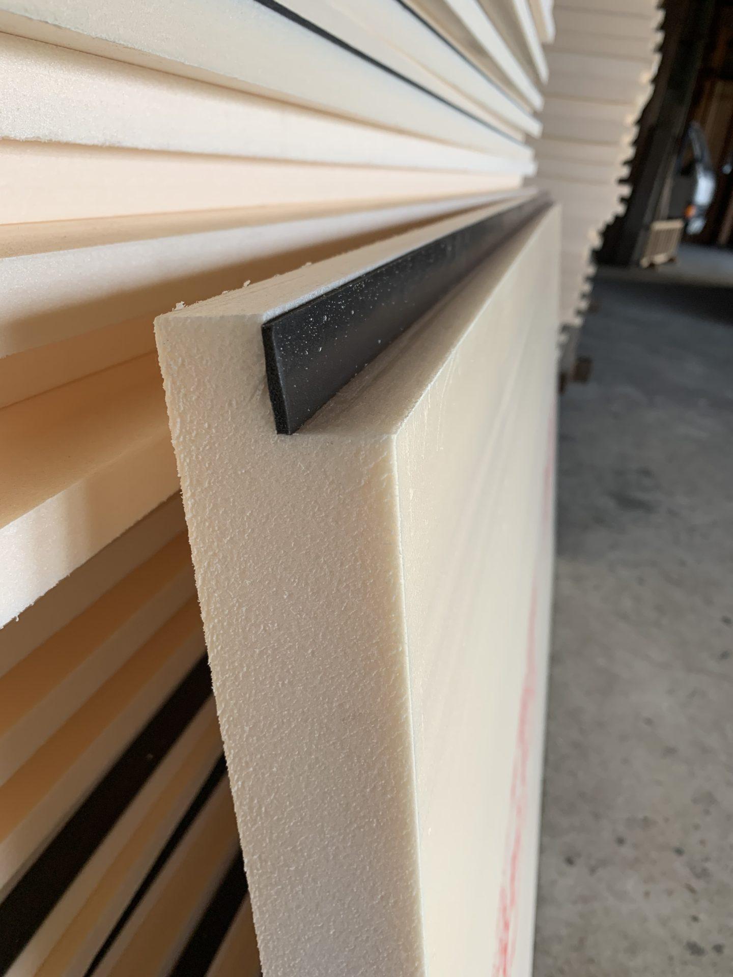 福山市自然素材健康住宅 ソーラーサーキットの家断熱材